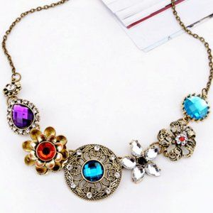 Glamorous Medallion Flower Betsey Johnson Necklace